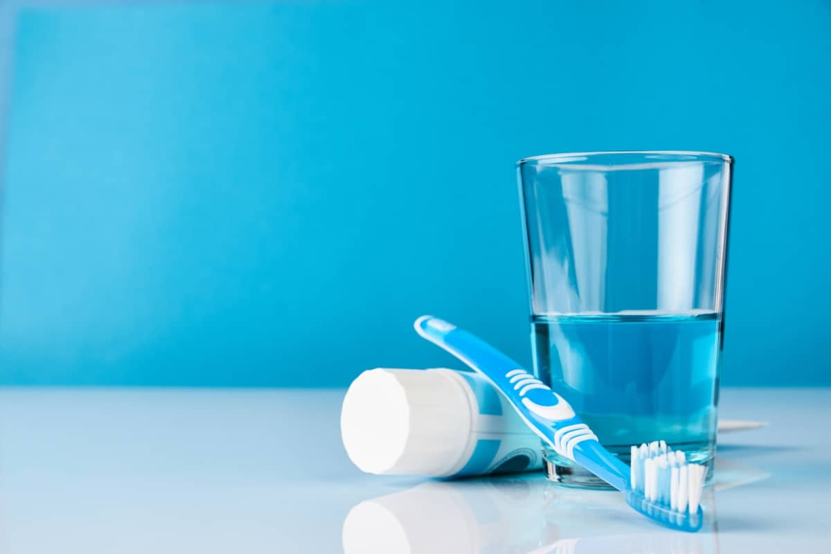 Benefits of Fluoride Mouthwash & Toothpaste
